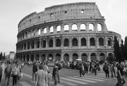 colosseum rome picture